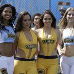 Chicas de Cerveza Cristal