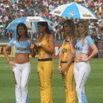 Lindas Anfitrionas de Cerveza Cristal en el Estadio