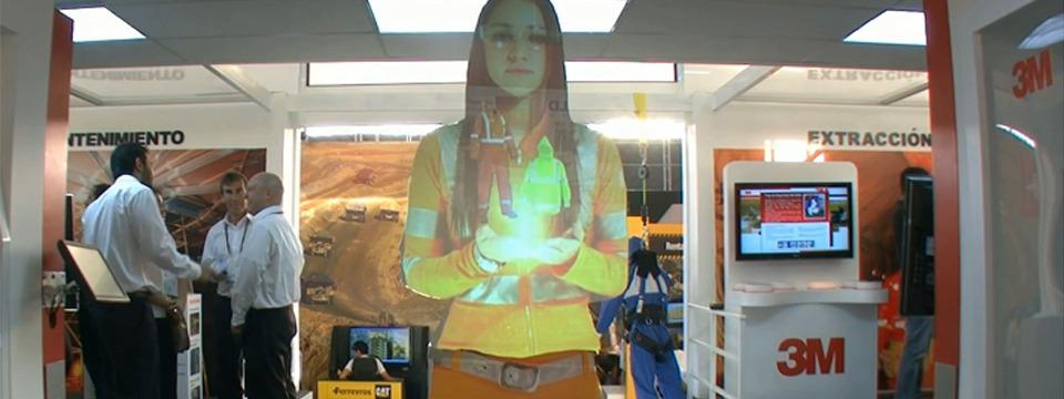 Anfitriona virtual en Lima